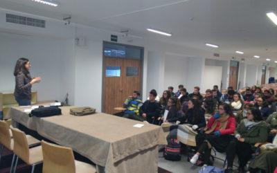 Charla Coloquio sobre imagen corporativa y empresarial para los alumnos del bachillerato de Ciencias Sociales