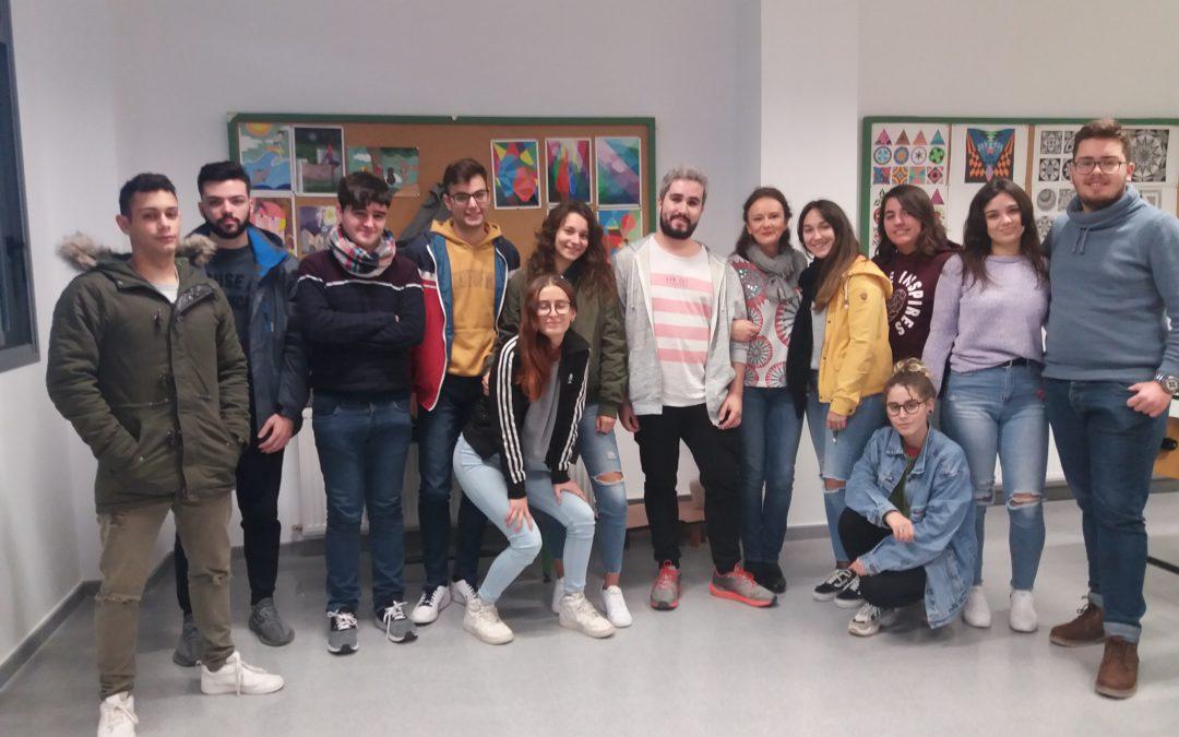 Pablo Matute, ex alumno del centro, ofrece su experiencia a los alumnos de Bachillerato de Artes