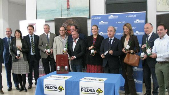 La sede de CECO acoge la presentación de los vinos de «El Resurgir» en la capital cordobesa