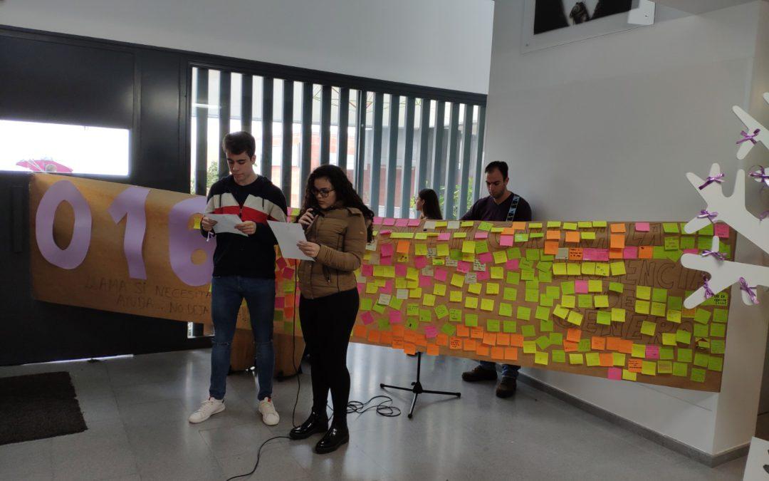 Acto contra la Violencia hacia las Mujeres en el IES Emilio Canalejo